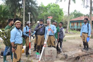 Setting up DGPS base on Katka, the Sundarbans